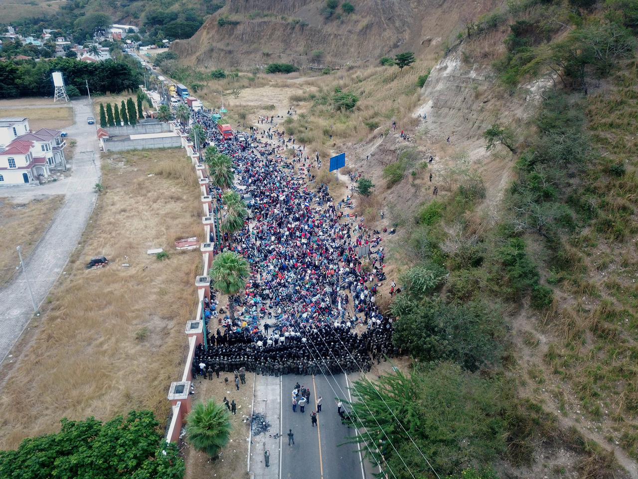 Guardia Nacional lista para impedir el paso de la caravana migrante