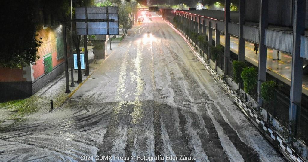 Atiende Gobierno de la Ciudad de Mexico afectaciones registradas en la Ciudad de Mexico por fuertes lluvias con granizo y vientos