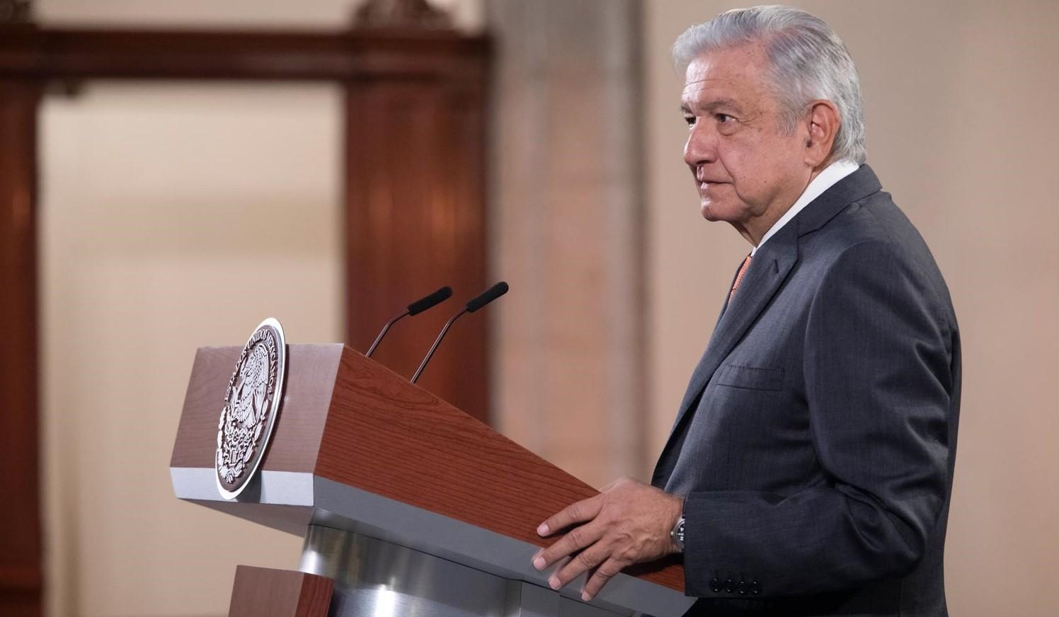 Lopez Obrador alista reforma constitucional sobre organismos autonomos secretarias de Estado absorberan sus funciones