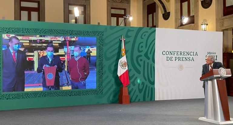 Lopez Obrador destaca recepcion de vacunas contra Covid 19 semana concluira con el arribo de mas de 3 millones de dosis