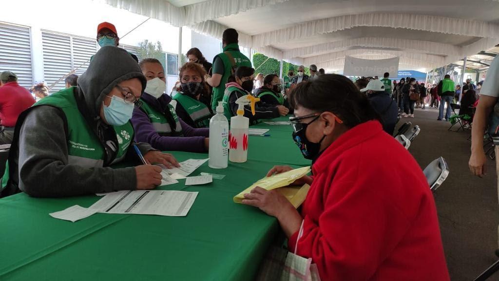 Transcurre sin incidentes vacunacion en GAM e Iztapalapa