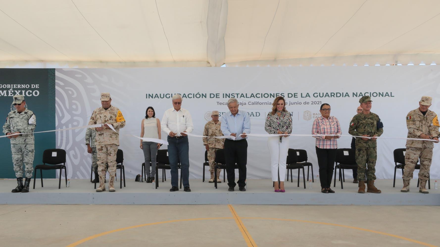 Lopez Obrador reafirma objetivo de adherir Guardia Nacional a la Sedena al inaugurar cuartel en Tecate