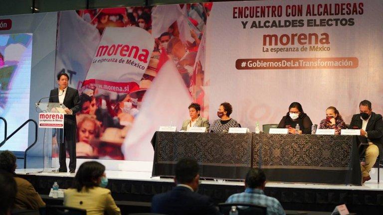 Militantes de Morena lanzaron una peticion para salvar al partido