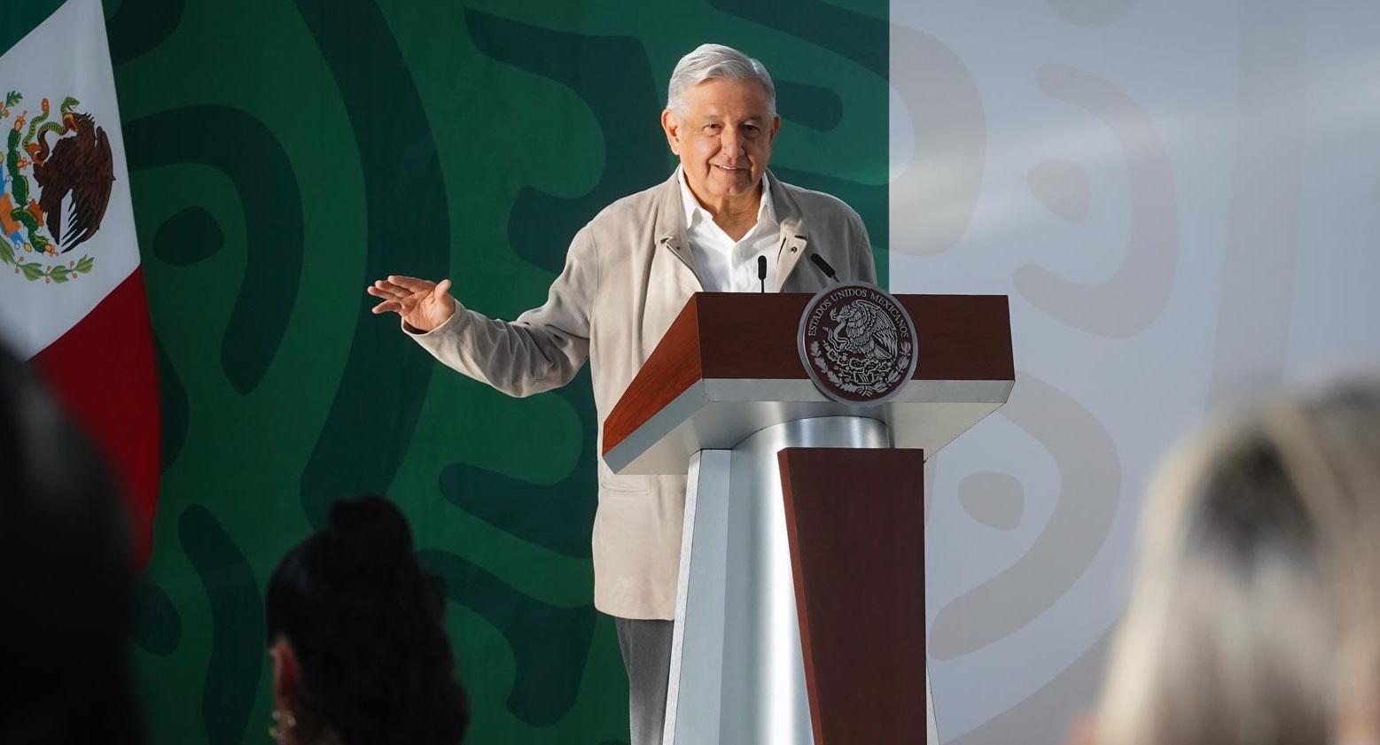 Presentan acciones para atender afectaciones en Veracruz por huracan Grace apoyos seran directos y sin limite presupuestal afirma Lopez Obrador